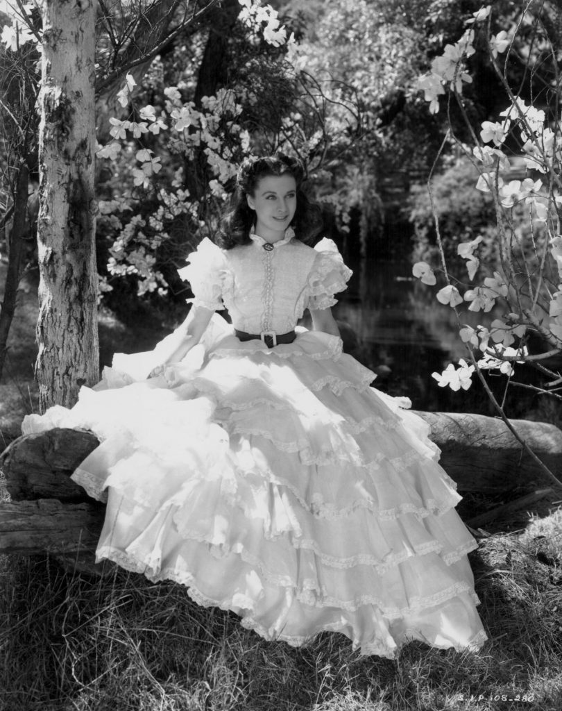 scarlett-ohara-white-dress-gone-with-the-wind frou frou