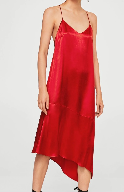 Au si varianta pe rosu de rochie tip furou Mango Outlet, 59 ron